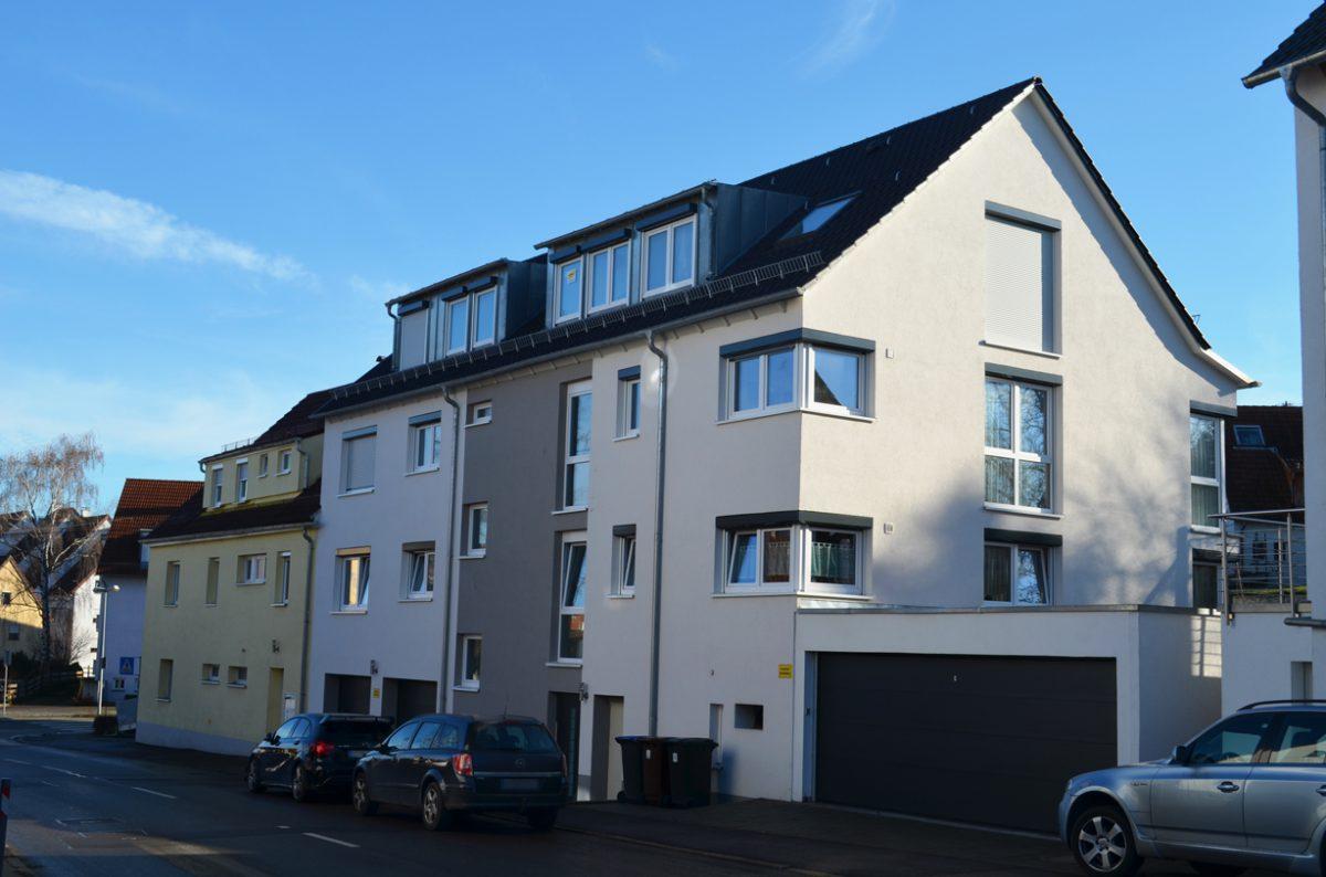3-Familienhaus mit Luft/Wasser-Wärmepumpe in Baugemeinschaft. Verantwortlicher Architekt: Karl Eisenbraun