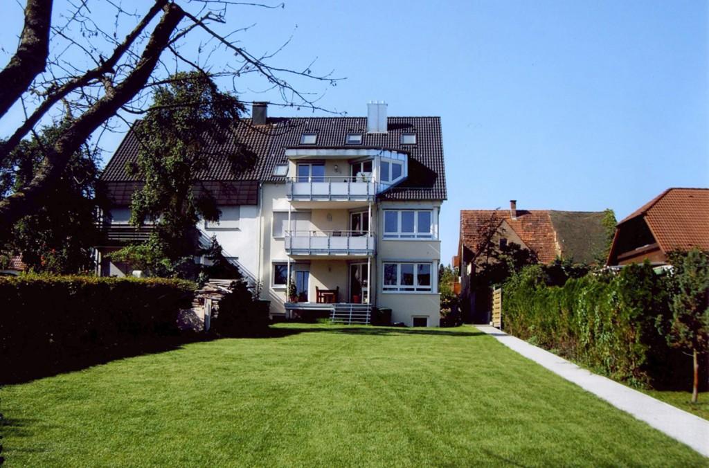 4-Familienhaus in Bauherrengemeinschaft. Verantwortlicher Architekt: Karl Eisenbraun