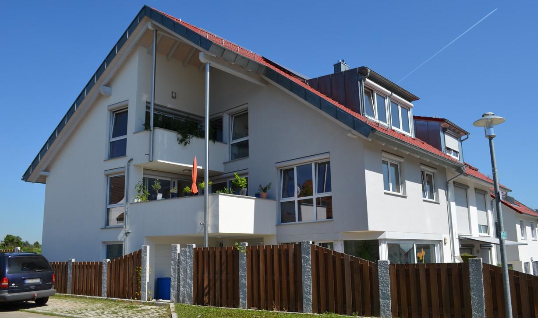 Einfamilienhaus mit heizungsunterstützender Solaranlage