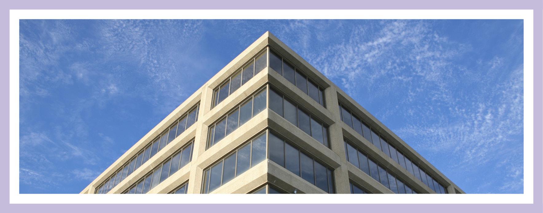 Gewerbefläche in Wohnraum umwandeln: Bild eines Bürogebäude