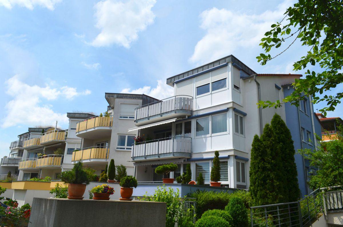 4-Familienhaus In Filderstadt. Verantwortlicher Architekt: Karl Eisenbraun