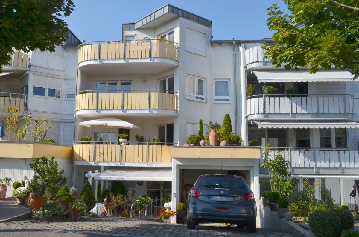 3-Familienhaus in Filderstadt. Verantwortlicher Architekt: Karl Eisenbraun