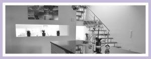 Foto der Küche in einem Reihenhaus in Split-Level-Bauweise